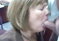 تیفانی باران می شود در دانلود فیلم سینمایی porn حالی که